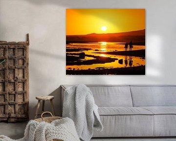 Oranje zonsondergang sur Harrie Muis