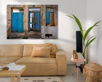 Blaue Türen auf Kreta von Thea Oranje