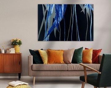 Tulipe Feuille et Tige en le Bleu Ultramarine sur Susan Hol