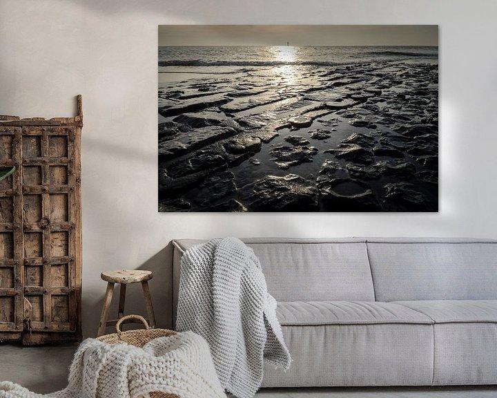 Sfeerimpressie: Golfbreker in de Noord zee van Roel Beurskens