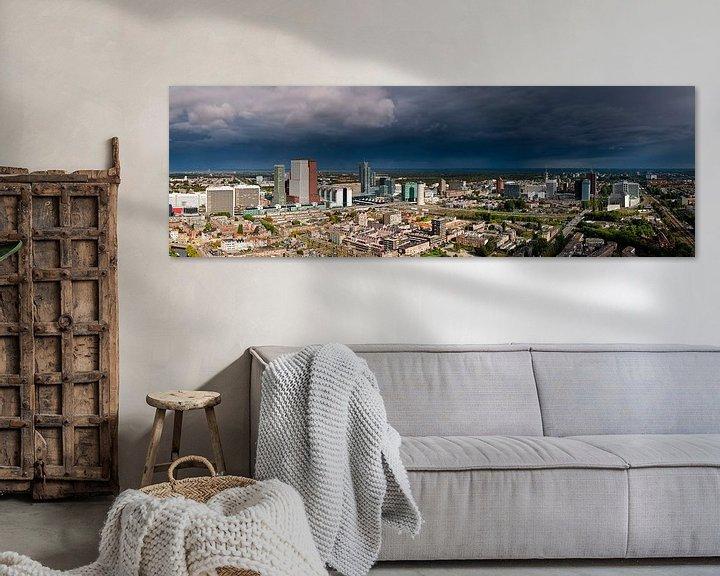 Sfeerimpressie: Donkere wolken boven Den Haag van Anton de Zeeuw