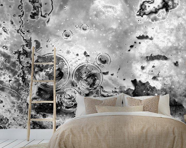 Sfeerimpressie behang: Bubbles Up van Jon Houkes