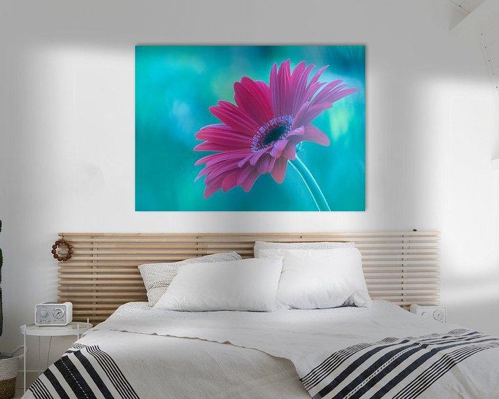 Sfeerimpressie: Pink Gerbera van bird bee flower and tree