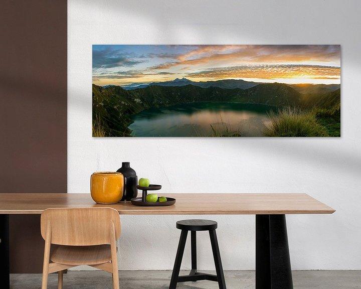 Sfeerimpressie: Sunrise Lake Quilotoa van Niels  Claassen