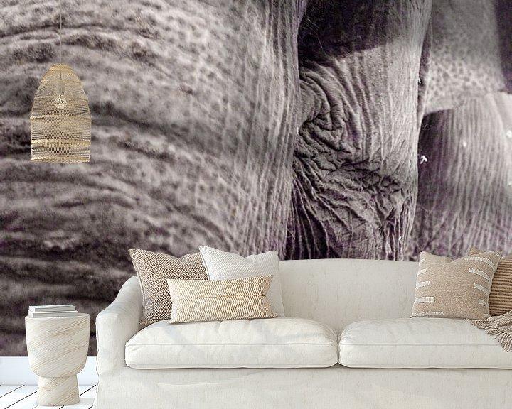 Sfeerimpressie behang: Olifant van Gwen Mustamu