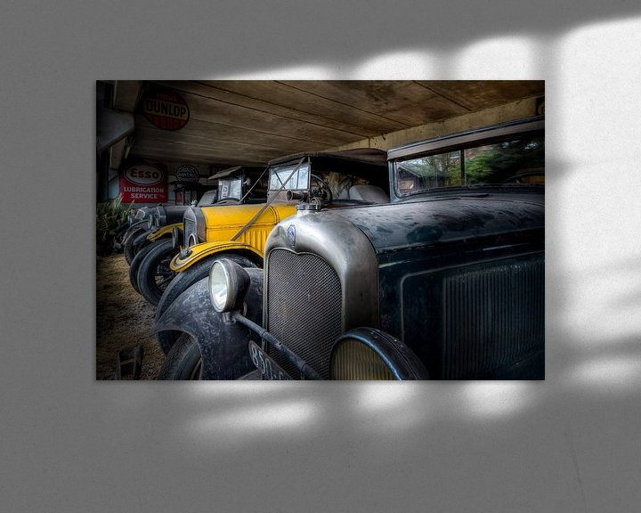 Sfeerimpressie: Zwart en Gele Auto's - Oldtimers van Roman Robroek