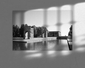 Templo de Debod in Madrid van Ilona van der Burg